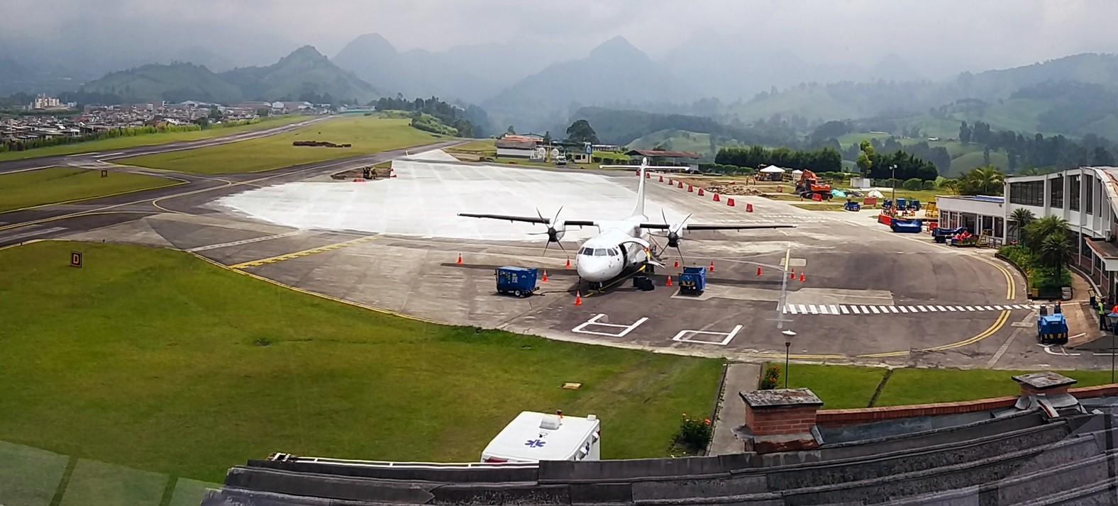 Resultado de imagen para aeropuerto de manizales